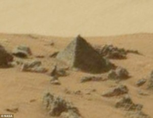 This official NASA photograph taken by the Curiosity Rover shows what Dr. Traubedauer says is not a natural phenomenon. | Image Source: NASA