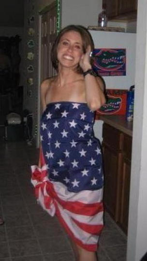 Casey Anthony wearing the American flag - the colors